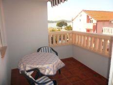 .::: Dvoetažni stan uz plažu :::.
